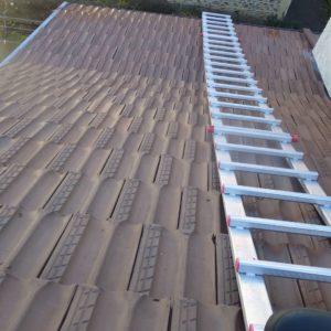 TERCAP réalise le nettoyage d'une toiture et application anti-mousse et hydrofuge à Poey de Lescar dans le Béarn